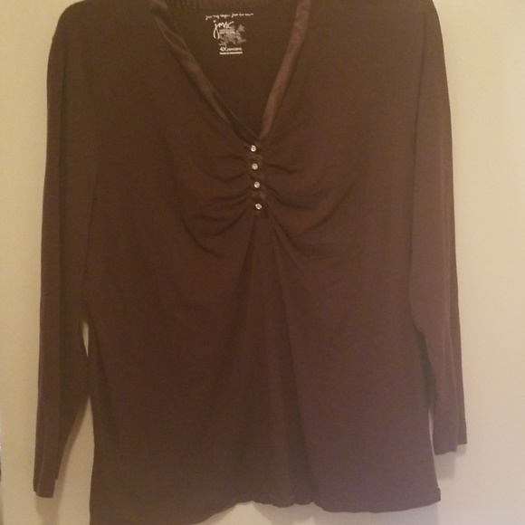 Just My Size Tops - ❤Brown long sleeve 4x Tshirt with satin trim & rhi